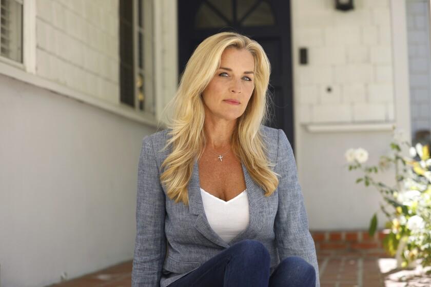 La reportera deportiva de televisión Jill Arrington