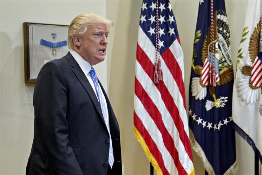 """El presidente, Donald Trump, dijo hoy que alentará a Israel y los palestinos a negociar directamente para lograr """"un gran acuerdo de paz"""", al insistir en que para conseguirlo las dos partes """"tienen que hacer compromisos"""". EFE/ARCHIVO"""
