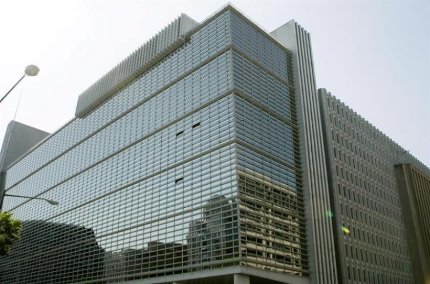 Vista exterior de la sede del Banco Mundial (BM) en Washington, Estados Unidos, el martes 15 de mayo de 2007. EFE/Archivo