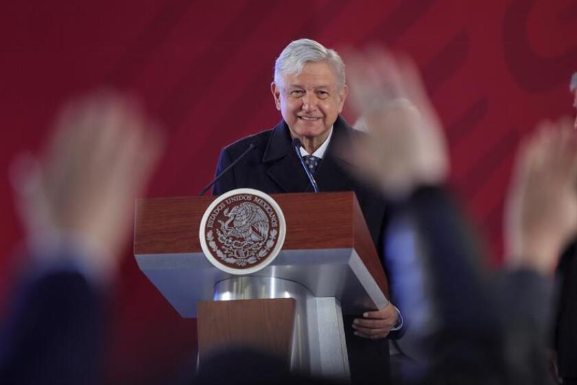 El presidente de México, Andrés Manuel López Obrador habla durante una rueda de prensa en Palacio Nacional, en Ciudad de México (México). EFE/Archivo
