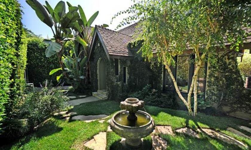 Actor John Krasinski has sold his West Hollywood house.