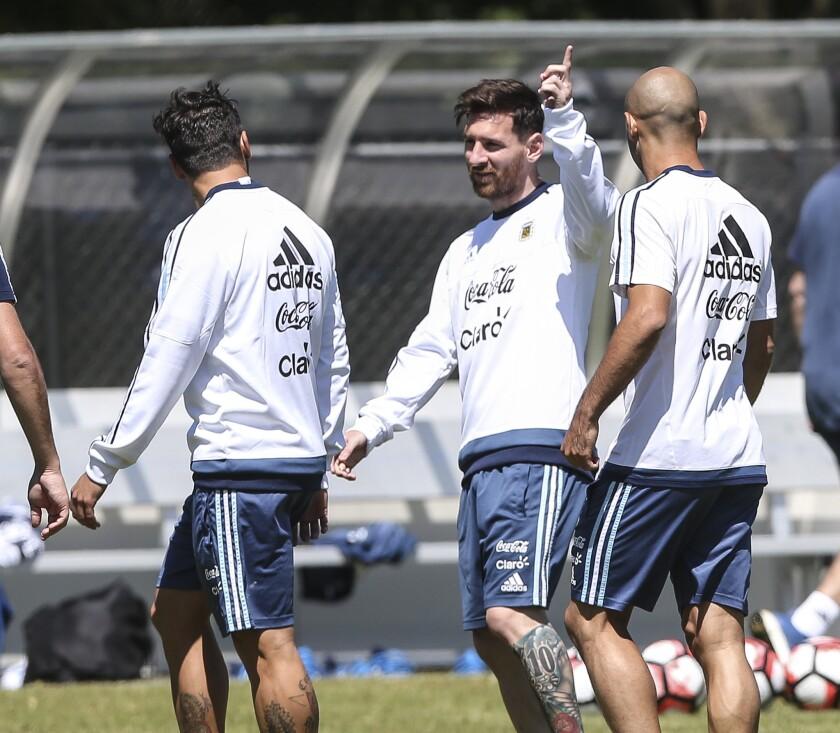 Messi podría haberse recuperado de su lesión y suena para jugar contra Panamá.