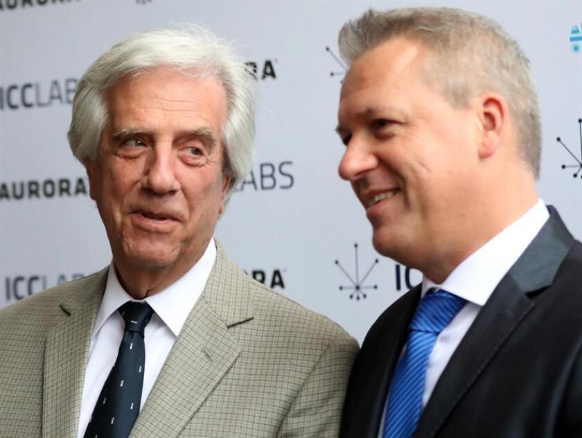 MONTEVIDEO (URUGUAY), Nov. 28, 2018: Uruguayan President Tabare Vazquez (L) and ICC Labs CEO Alejandro Antalich (R) inaugurated the first laboratory of cannabis-derived pharmaceuticals in Latin America on Wednesday. EPA/EFE/Sarah Yañez-Richards