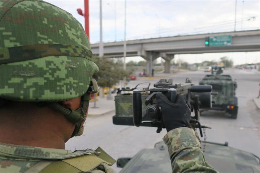 Fotografía que muestra un recorrido de Efe con personal del Ejercito Mexicano por una de las zonas mas precarias de Reynosa, en el estado de Tamaulipas (México). EFE