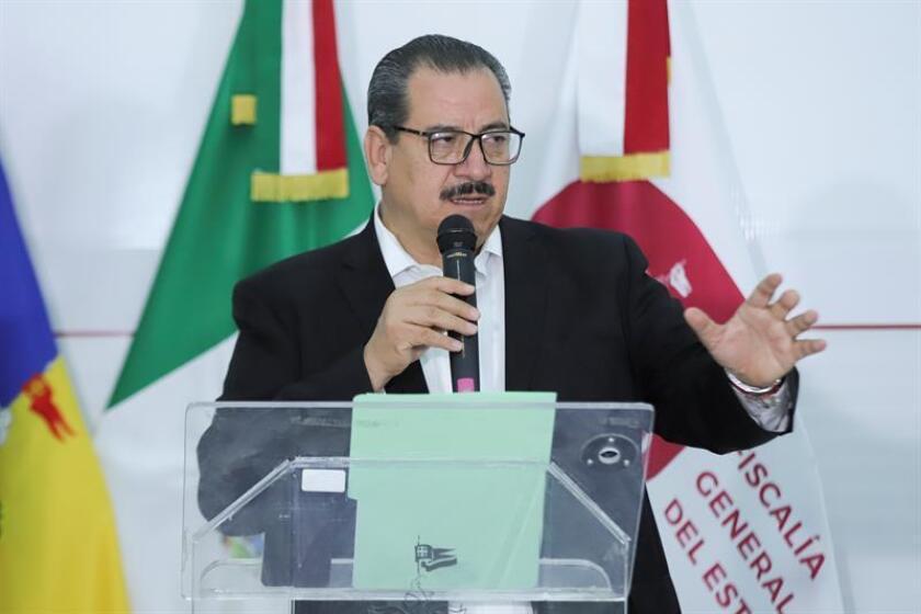 El fiscal del estado de Jalisco, Raúl Sánchez, habla durante una rueda de prensa hoy, sábado 24 de febrero de 2018, en la ciudad de Guadalajara Jalisco (México). EFE