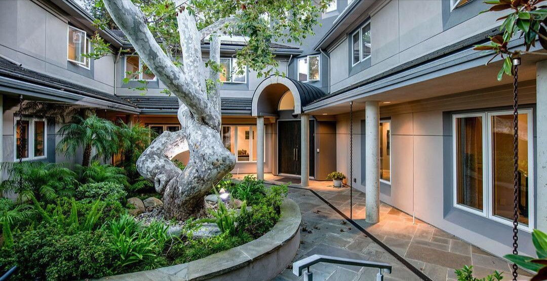 Michael Brandt's Brentwood home   Hot Property