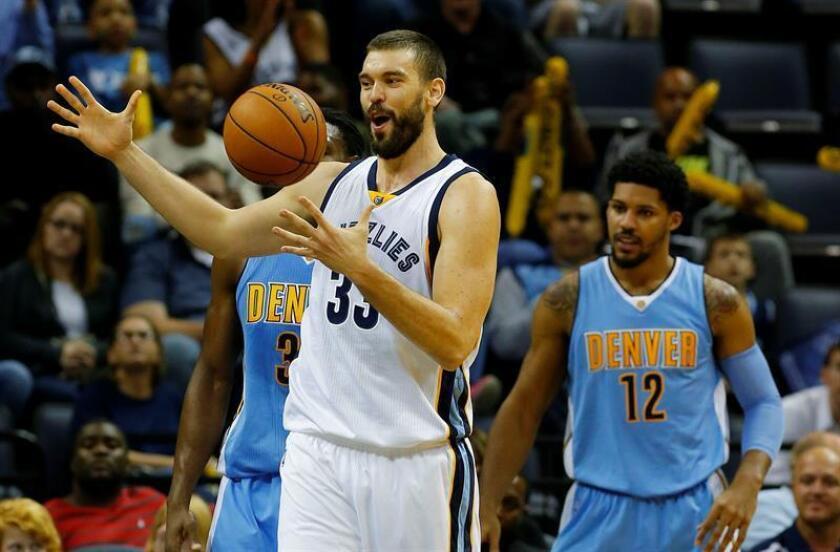 El jugador de Grizzlies Marc Gasol durante un partido de la NBA. EFE/Archivo