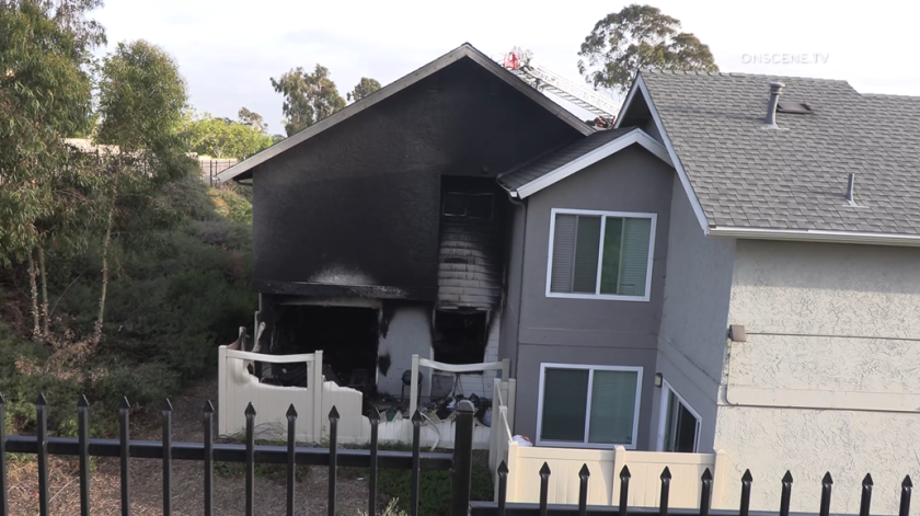 A fire broke out in a townhouse in Mountain View Sunday, displacing 12 residents from a total of three townhomes.