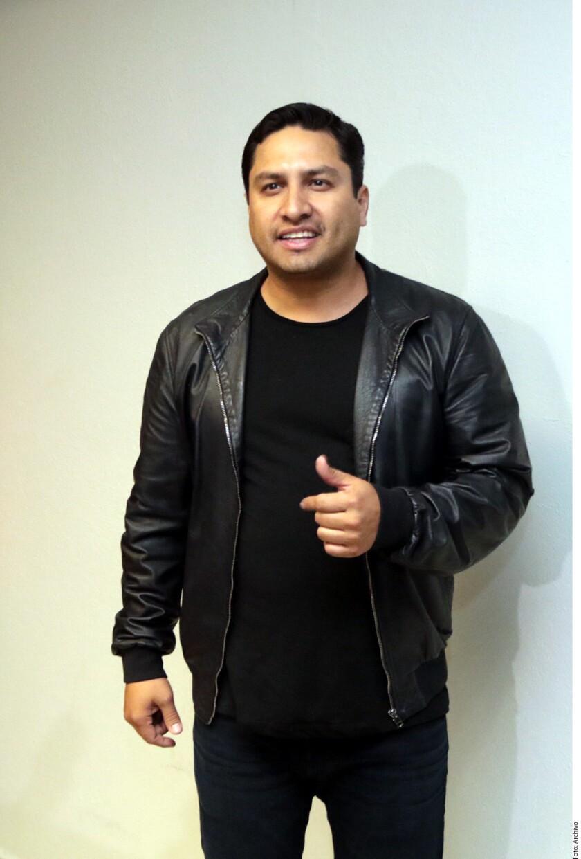 Aunque Julión Álvarez no podrá lanzar al mercado el disco que alista en Mazatlán, Sinaloa debido a su situación legal, el chiapaneco dice sentirse afortunado por estar rodeado de colegas que estando en el mejor momento de sus carreras, le compartieron temas inéditos para la producción.