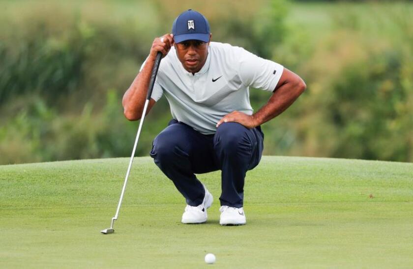 Tiger Woods se retira del torneo 'The Northen Trust' por lesión