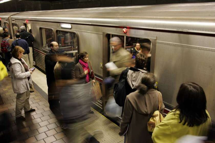 Metro Blue, Expo rail lines running again after power outage
