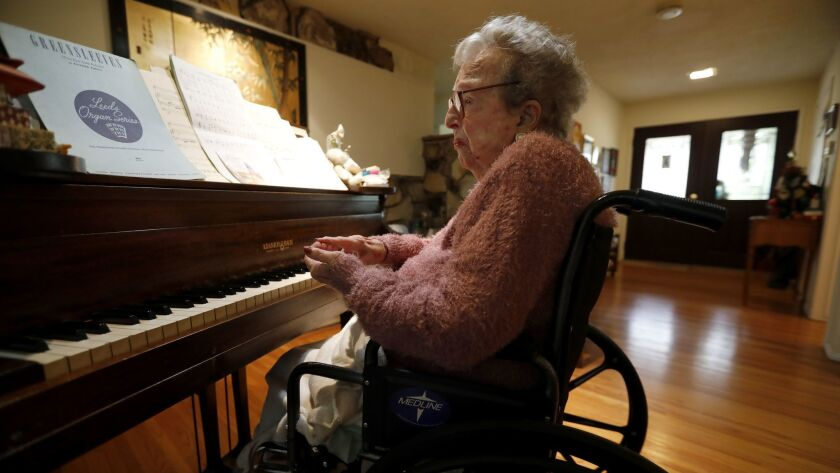 "La Canada Flintridge, CA January 31, 2018: Hazel ""Happi"" Hicks, at her piano in her home in La Can"