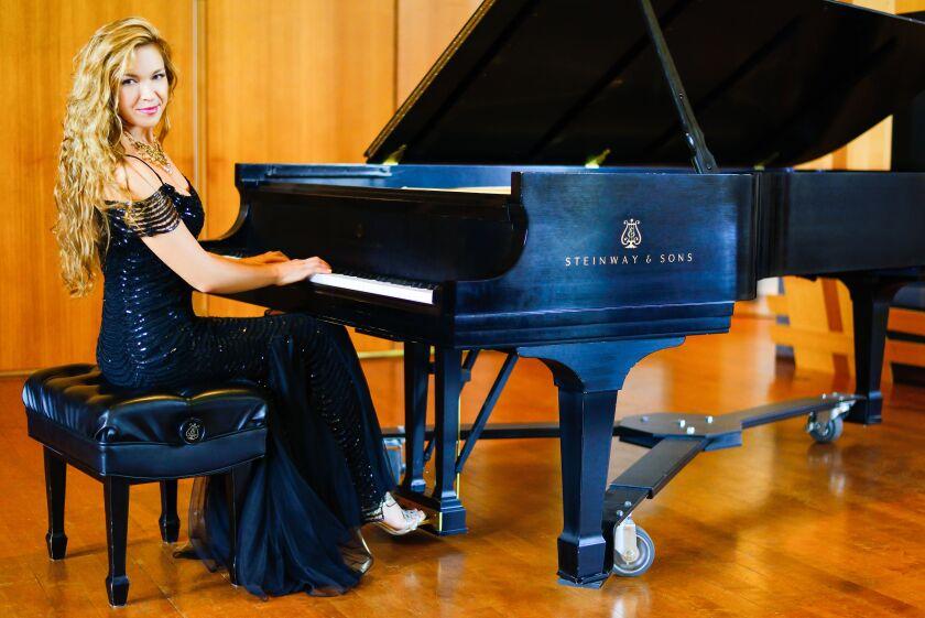 Pianist Svetlana Smolina