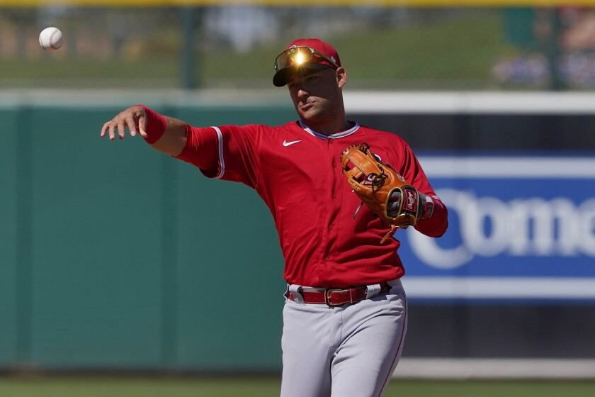Angels shortstop José Iglesias during a spring training game.