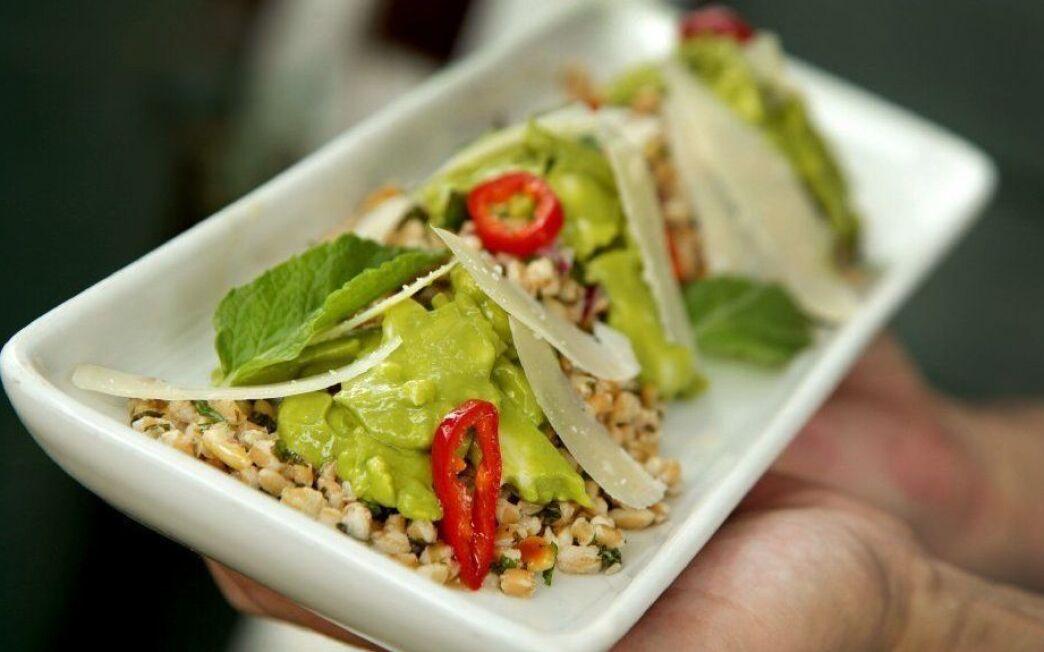 Farro salad with cauliflower and avocado cream