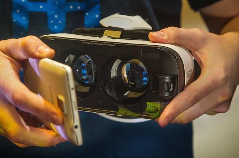 The Gear VR uses a Note 4 -- an Android phone with a removable battery.