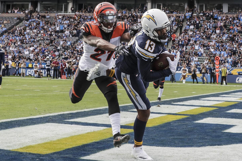 Chargers receiver Keenan Allen pulls down a 14-yard touchdown pass over Bengals cornerback Dre Kirkpatrick duringthe first quarter.
