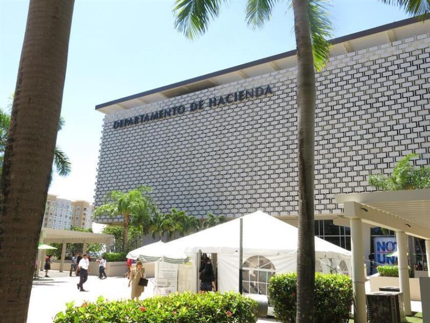Fotografía de la sede de Hacienda en San Juan, Puerto Rico. EFE/Archivo
