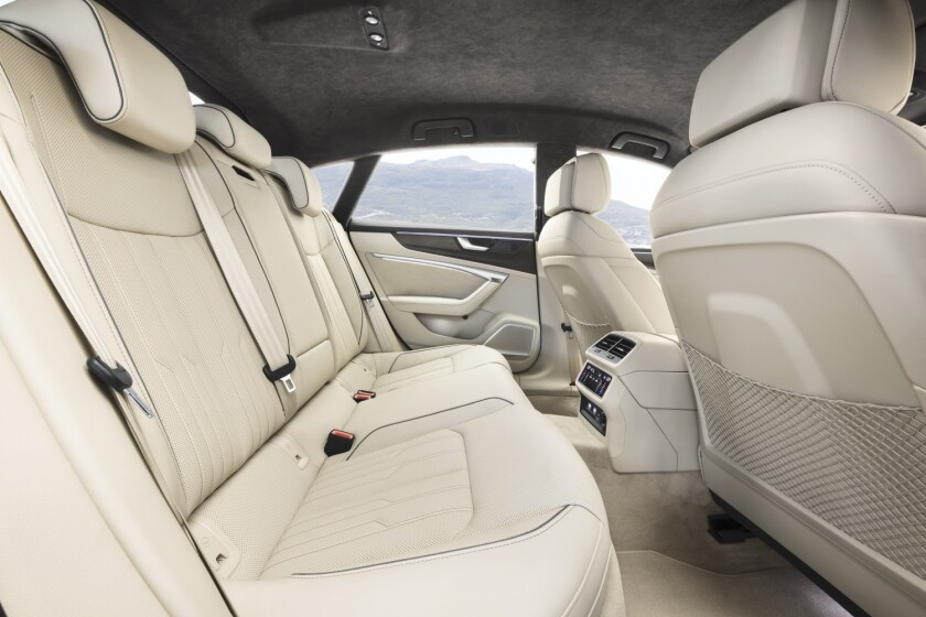 -AudiA7-BackSeats.jpg