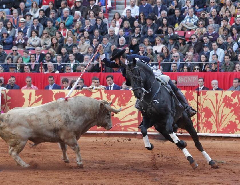 En la imagen, el rejoneador español Pablo Hermoso de Mendoza. EFE/Archivo
