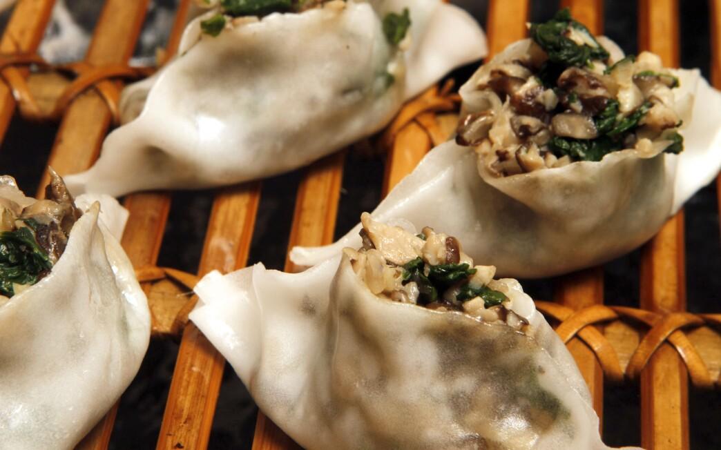 White lotus dumplings