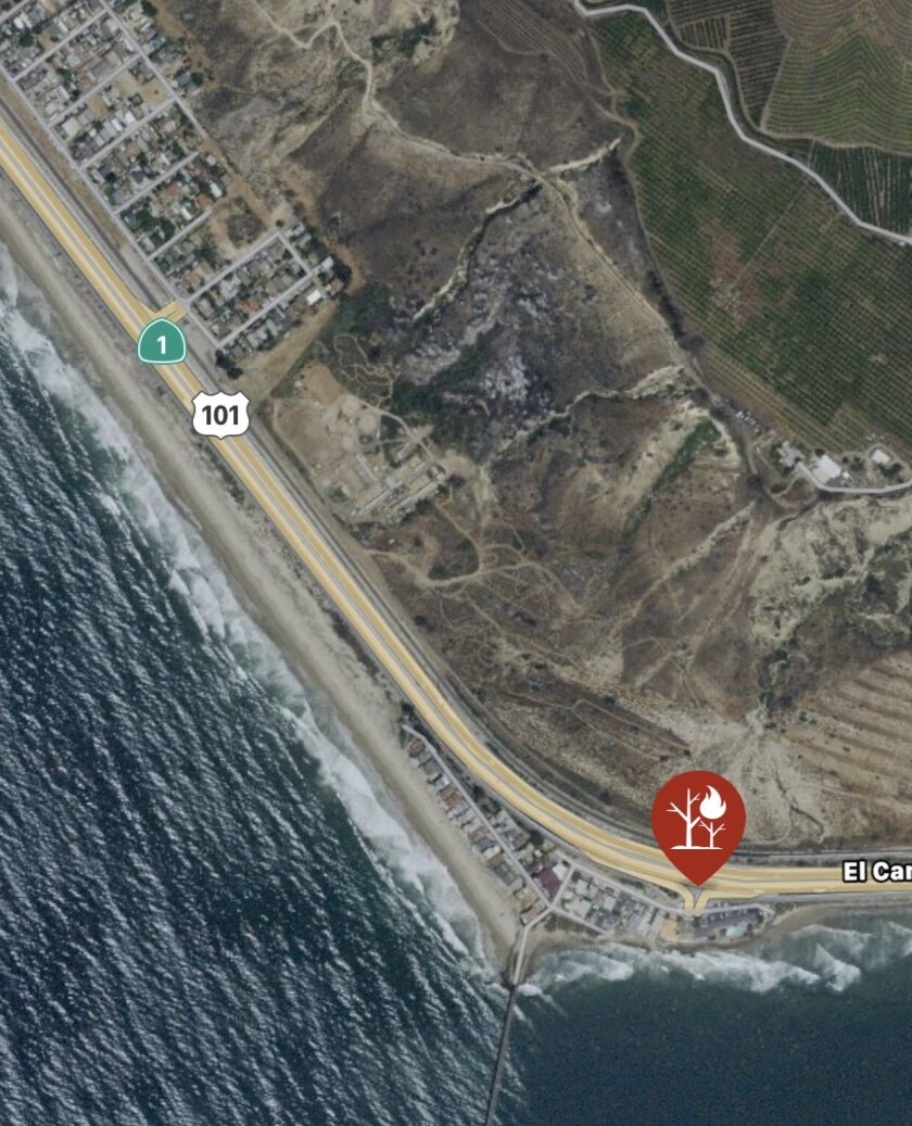 Fire burning in Ventura County near Mussel Shoals and the southbound 101 Freeway