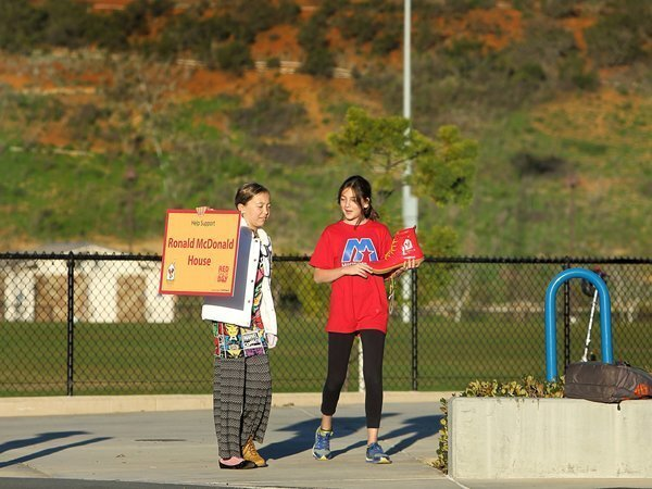 Ocean Air students volunteer for Red Shoe Day
