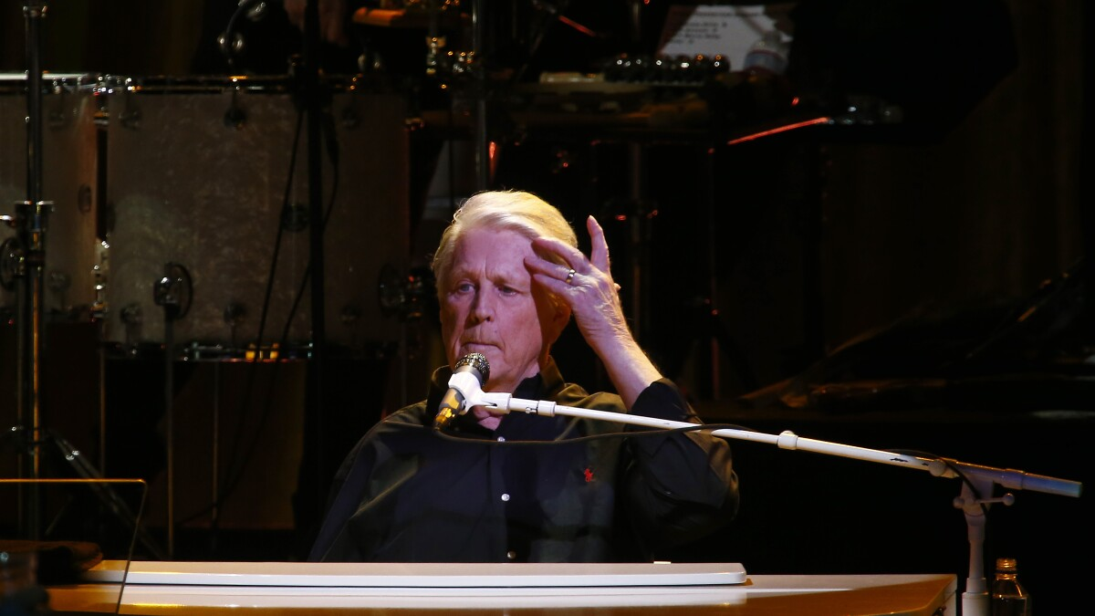 Brian Wilson shakes off concerns with confident, star-studded show at the Greek