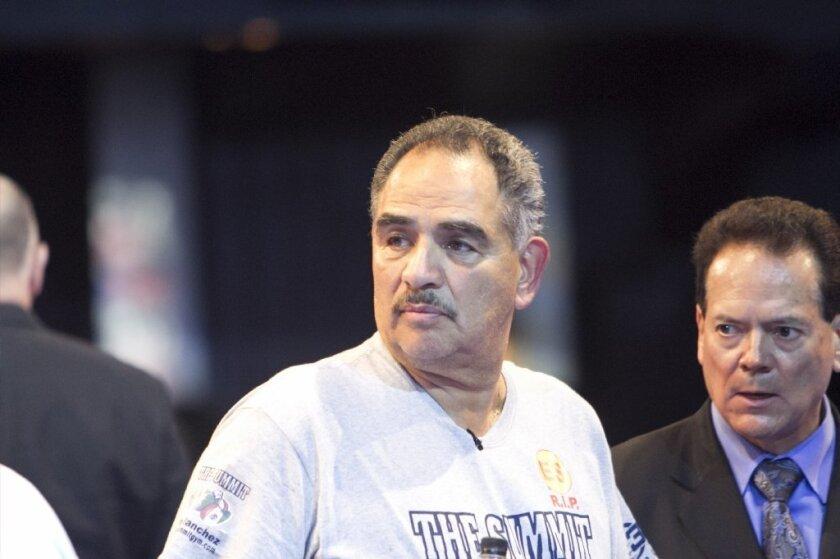 Abel Sánchez dice que Canelo tiene que aguantar las burlas por su error; defiende al rival de 'GGG'
