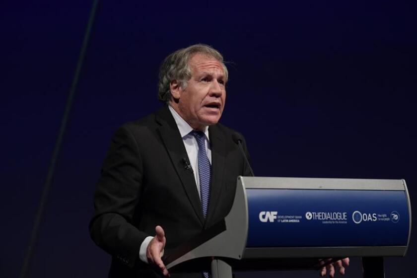 El secretario de la Organización de Estados Americanos (OEA), Luis Almagro, habla durante una conferencia de prensa. EFE/Archivo