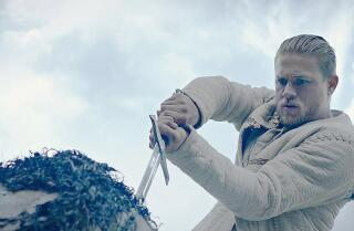 'King Arthur: Legend of the Sword' movie review by Justin Chang