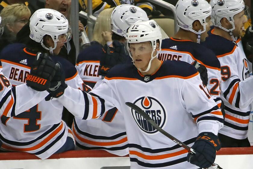 Oilers Cave Hockey