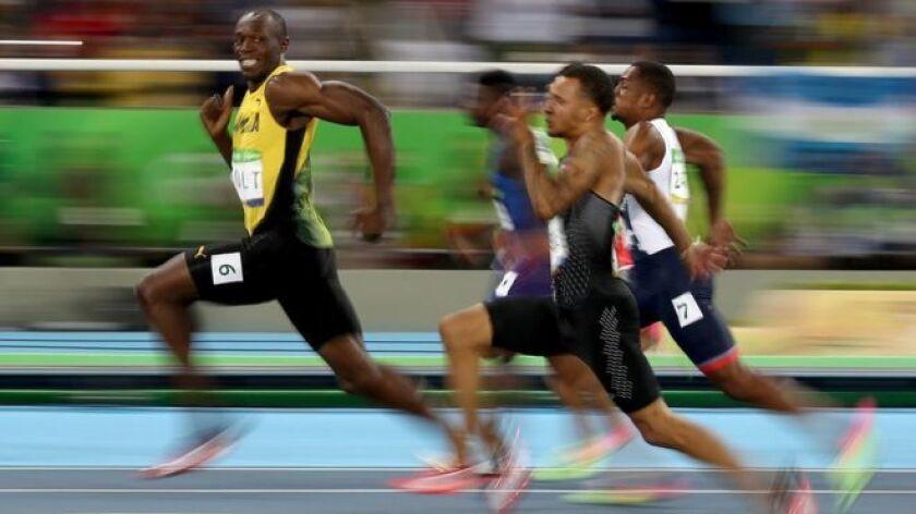 Getty Images Está quizá sea la imagen más icónica de las Olimpiadas de Río. Dos fotógrafos, uno de Getty Images y otro de Reuters, capturaron a Usain Bolt sonriendo para las cámaras en la semifinal de los 100 metros planos.