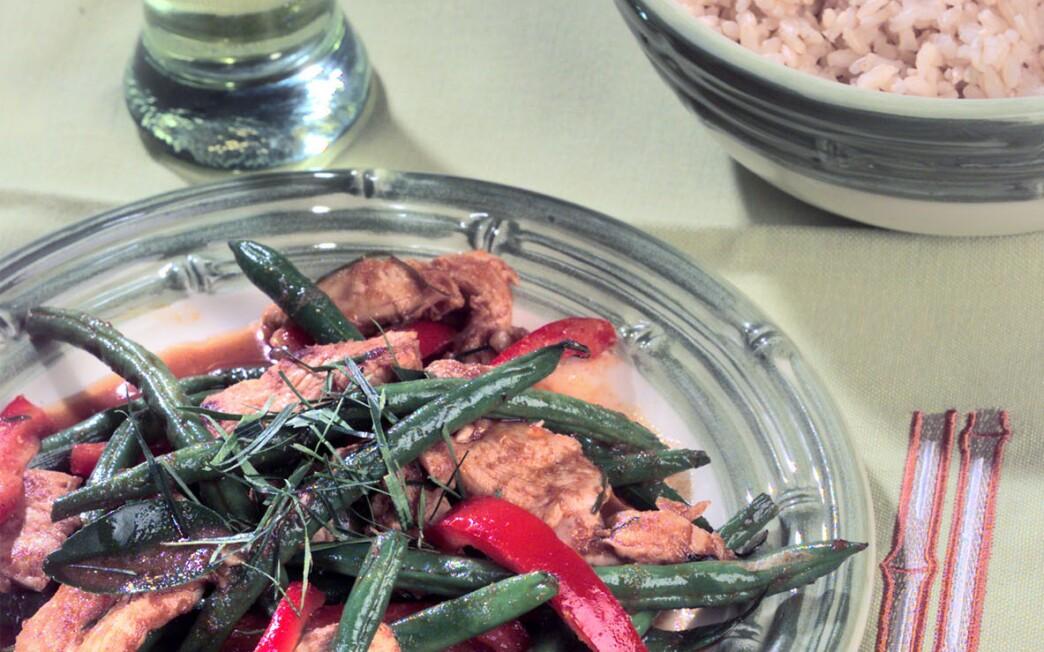 Spicy Chicken and Green Bean Stir-Fry