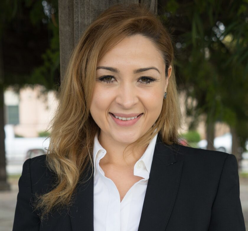 Denise Díaz, concejal en el sur de California busca entrar al senado.
