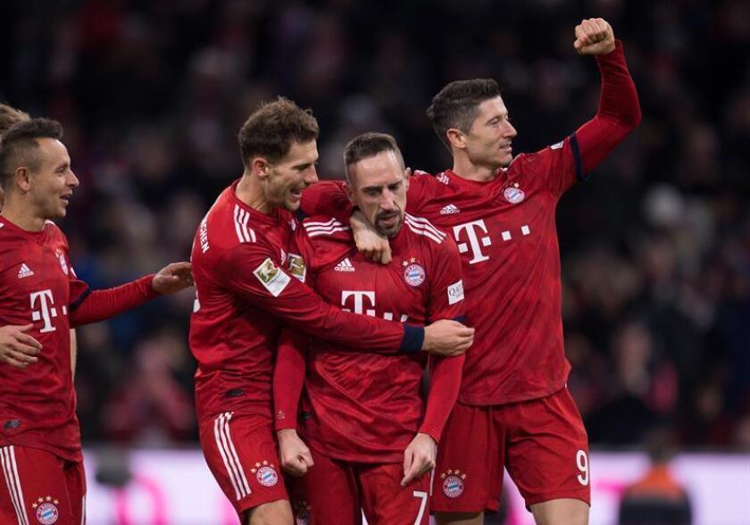 Los jugadores del Bayern Múnich celebran un gol al FC Nuremberg en Múnich, Alemania.EFE/EPA