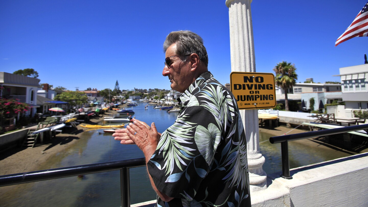 Mayor Pro Tem Ed Selich discusses the problem of the Grand Canal and eelgrass.