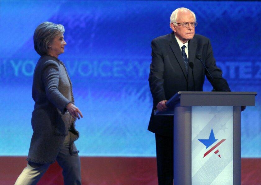 APphoto_Dem 2016 Debate