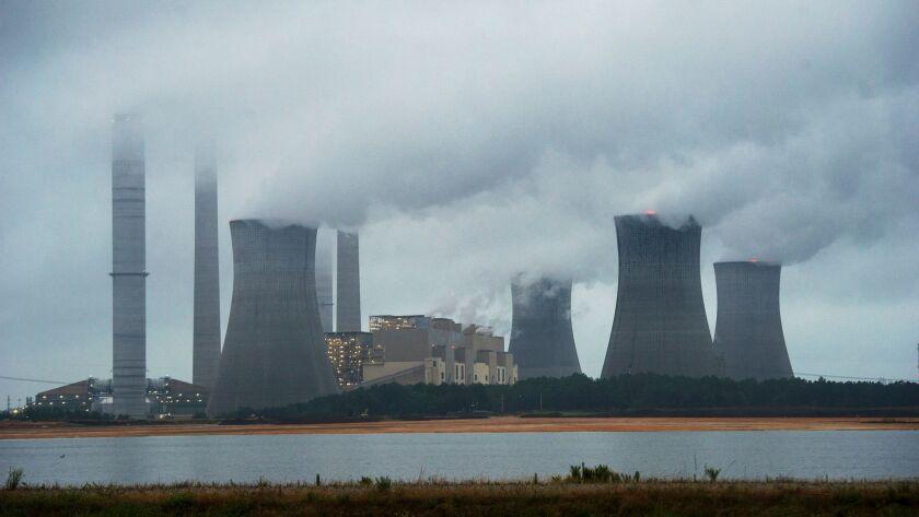 Trump to dismantle Obama's landmark climate effort