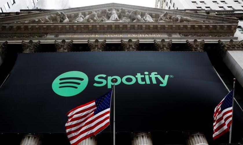 """Tras el gran éxito de Spotify, prácticamente todos los gigantes de internet se lanzaron al mundo de la música en """"streaming"""", que en la última década ha visto aparecer plataformas como Apple Music, Amazon Music o YouTube Music, todas ellas competidoras de la compañía sueca. EFE/Archivo"""