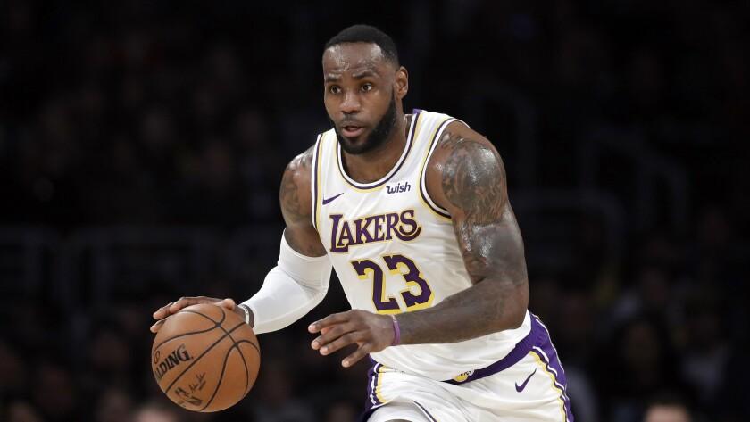 Los Angeles Lakers' LeBron James (23)