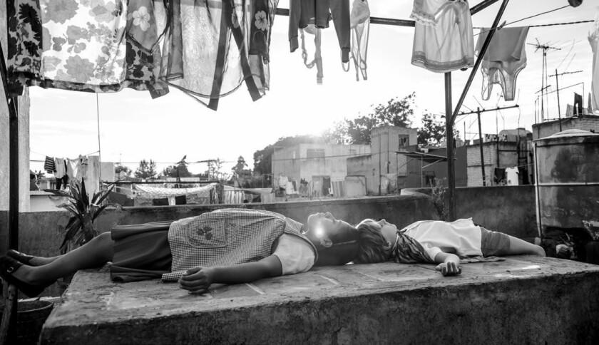 """Una escena de la cinta 'Roma"""", dirigida por Alfonso Cuarón."""