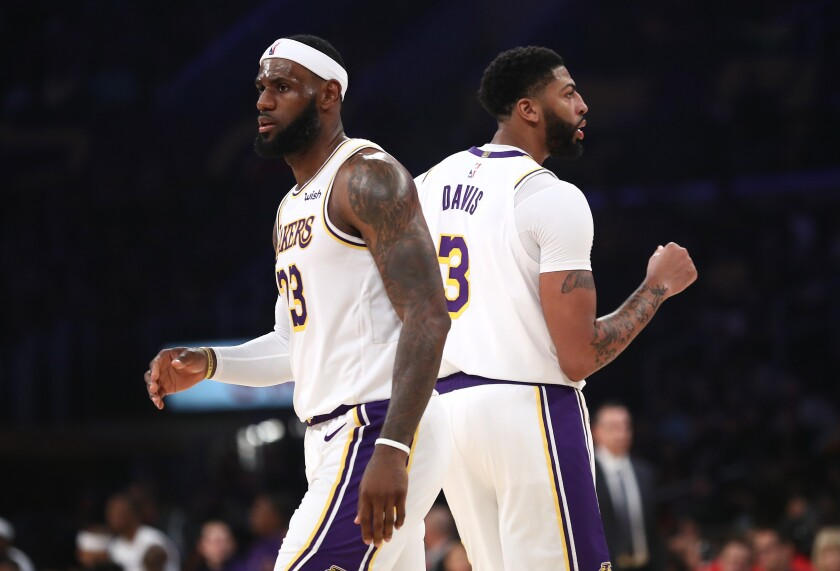 Lakers starting to put starting five together in exhibition rout of Warriors