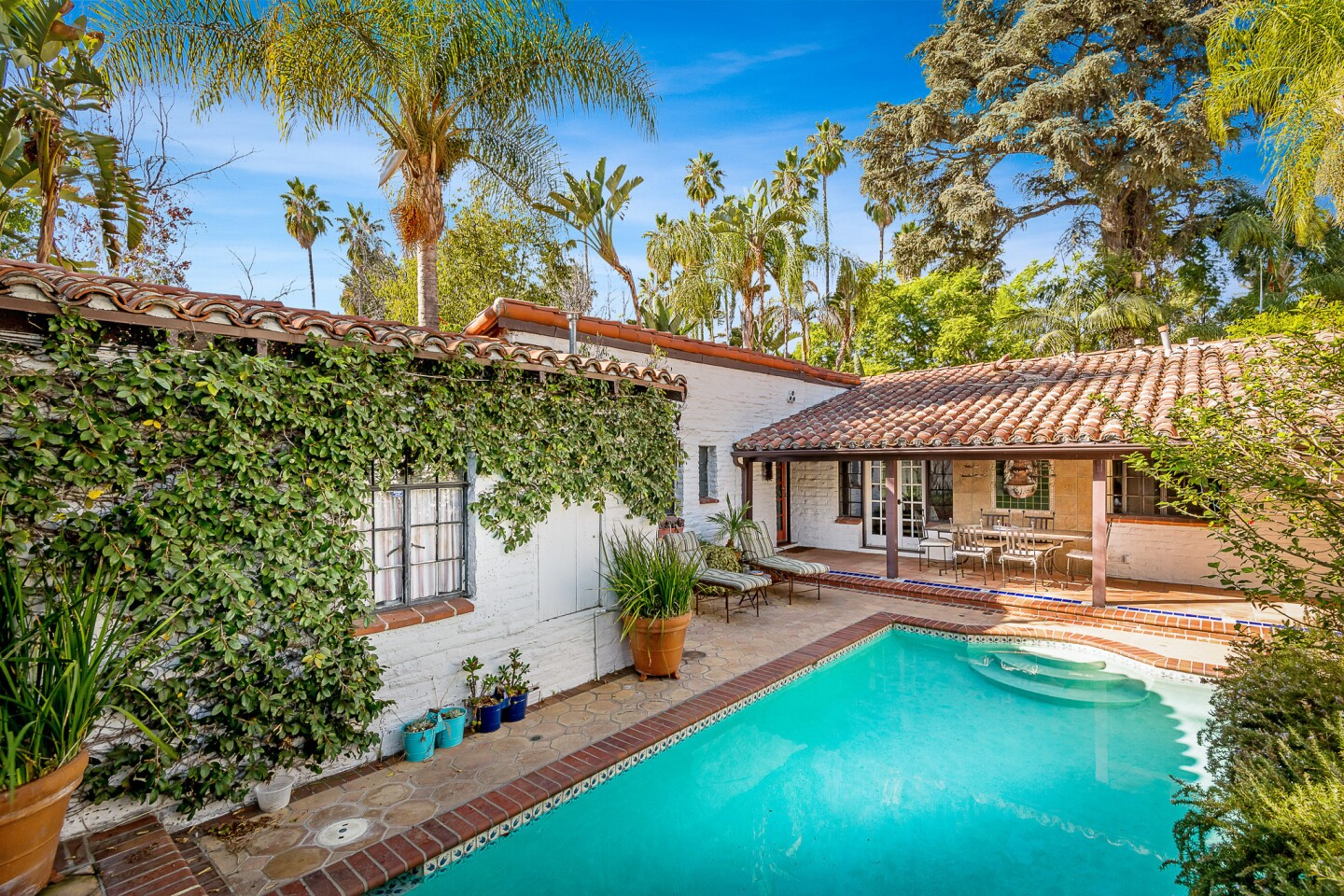 Mae West's onetime home | Hot Property