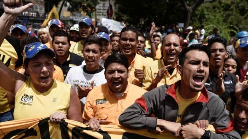 La oposición espera una manifestación masiva.