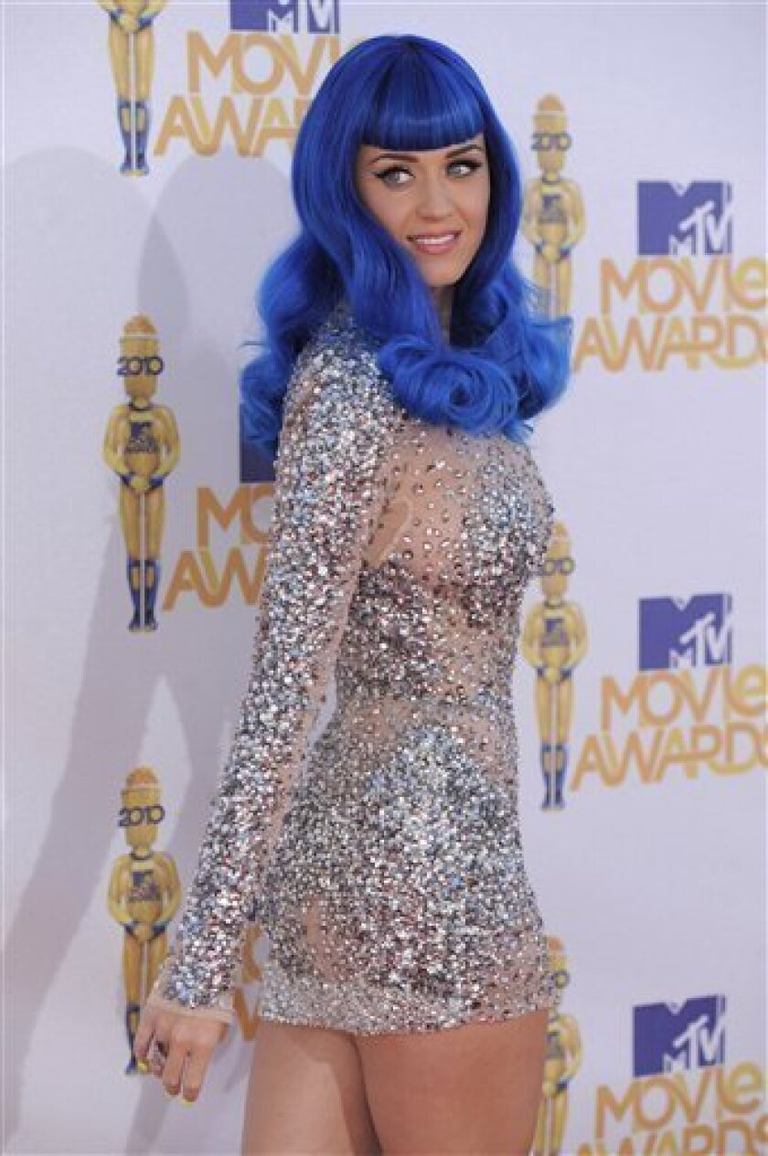 Katy Perry arrives at the MTV Movie Awards in Universal City, Calif., on Sunday, June 6, 2010. (AP Photo/Chris Pizzello)