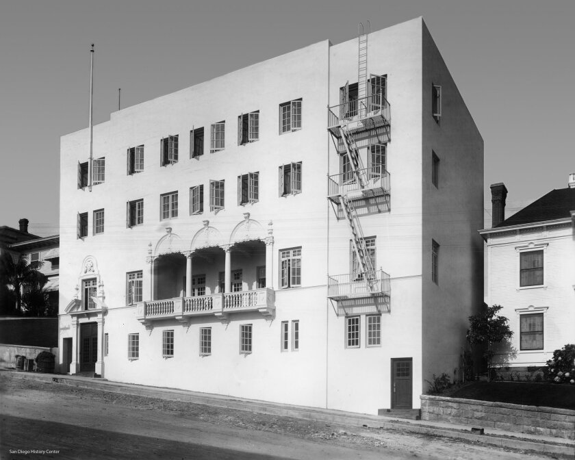 In 1907, William S. Hebbard, along with Edgar A. Luce and Frank von Tesmar, reorganized the foundering University Club of San Diego, changing it to an organization in which only male college alumni were eligible. In 1909, University Club was formally incorporated as an organization. This was the cl