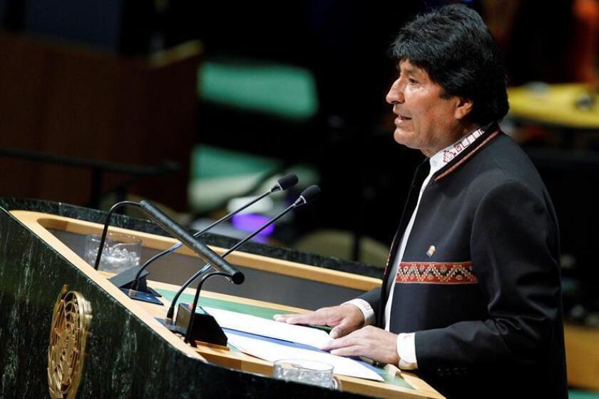 El presidente de Bolivia, Evo Morales, pronuncia un discurso durante un evento con motivo del Año Internacional de las Lenguas Indígenas en la sede de las Naciones Unidas en Nueva York (Estados Unidos), este viernes. EFE