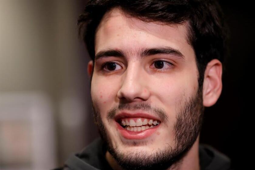 El español Alex Abrines, escolta del Oklahoma City Thunder de la NBA, habla durante una entrevista con Efe este miércoles. EFE