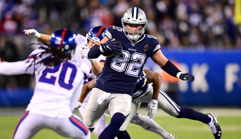 Dallas Cowboys tight end Jason Witten runs the ball during a win over the New York Giants on Nov. 4.